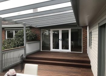Spotted-Gum-Deck-and-Sunglaze-Veranda