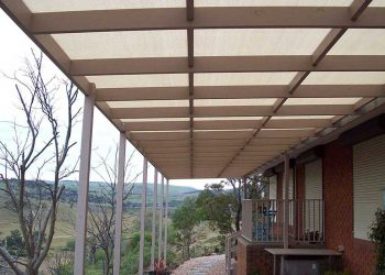 Timber-Pergola-with-Shade-Cloth.jpg